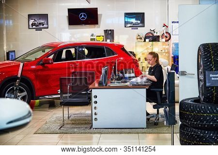 Kirov, Russia - May 07, 2019: Manager In Showroom Of Dealership Mercedes In Kirov