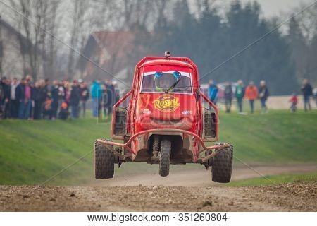 Sveta Nedjelja, Croatia - Nov. 24, 2019. 10th Rally Show Santa Domenica. Loris Rosati In Ape Proto.