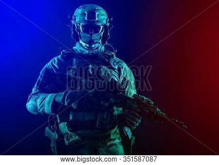 Army Special Operations Forces Soldier In Mask And Combat Uniform, Armed Submachine Gun, Low Key Stu
