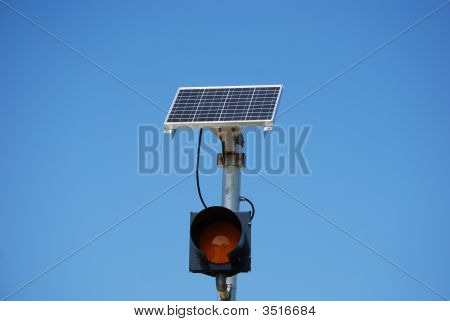 Solar Powered Caution Light