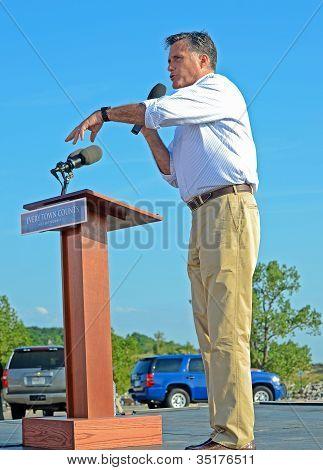 Mitt Romney giving a speech