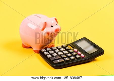 Inspired To Work Hard. Money Saving. Accounting And Payroll. Bookkeeping Or Counting House. Financia