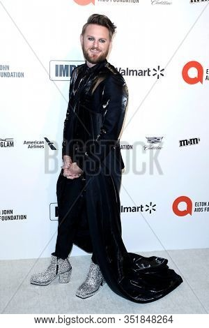 LOS ANGELES - FEB 9:  Bobby Berk at the 28th Elton John Aids Foundation Viewing Party at the West Hollywood Park on February 9, 2020 in West Hollywood, CA