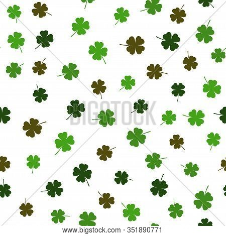 Vector Clover Leaf Seamless Pattern. Vector Illustration