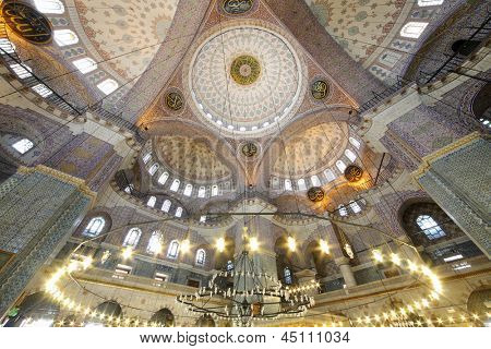 Grand, beautiful dome in old New Mosque (Yeni Cami) in Istanbul, Turkey. Mosque was built in the years 1597-1663.