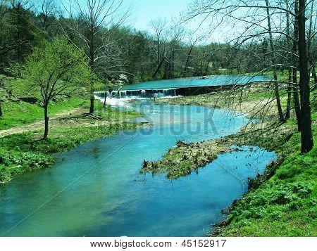 River runs though