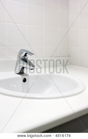 Clean Washbasin