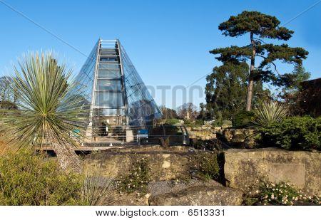 Glasshouse in the Gardens