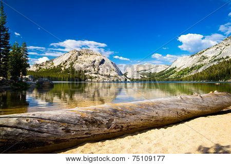Mountain lake in Yosemite