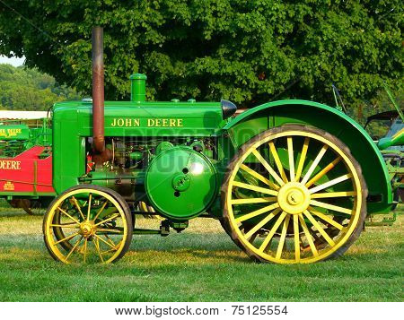Green Green Tractor