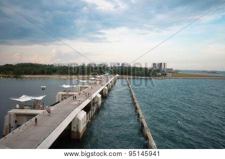 People On The Bridge Of Marina Barrage
