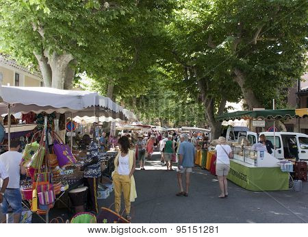 Local Maket In France