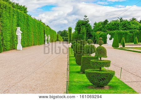 Versailles, France- July 02, 2016 : Beautiful Garden In A Famous Palace Of Versailles (chateau De Ve