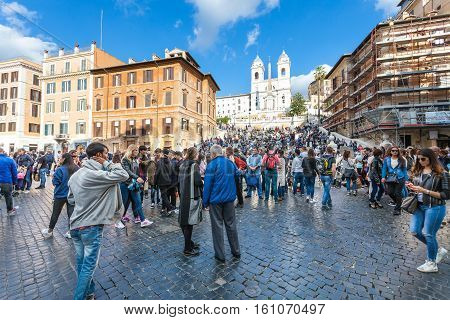 Many Tourists On Piazza Di Spagna In Rome City