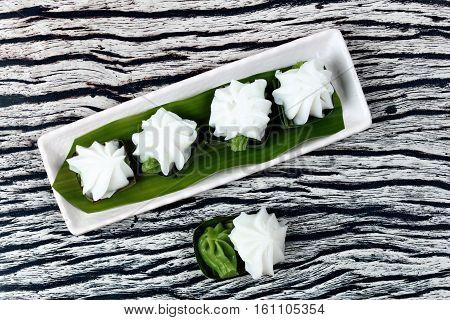 Sweet Pandan Juice Cream Topped Coconut Milk Cream.