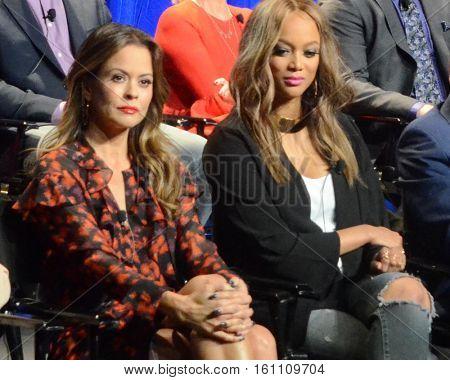 LOS ANGELES - DEC 9:  Brooke Burke-Charvet, Tyra Banks at the