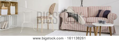 Living Room With Crate Regale