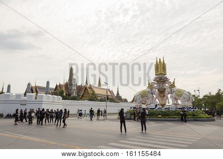 BANGKOK THAILAND - NOV 5 : scene of mourners on Ratchadamnoen Nai road in sanam luang area while the funeral of king Bhumibol Adulyadej in Grand Palace on november 5 2016