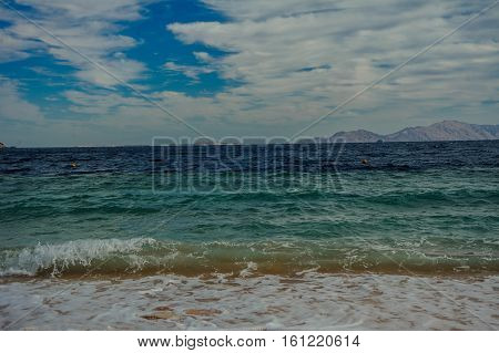 mountain turquoise sea background view tropical pattern
