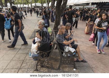 BANGKOK THAILAND - NOV 19 : scene of life in Sanam Luang area while the funeral of king Bhumibol Adulyadej in Grand Palace on november 19 2016
