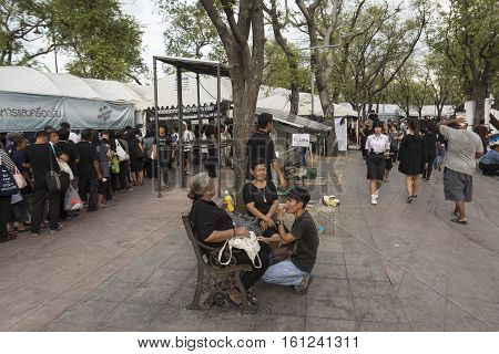 BANGKOK THAILAND - NOV 19 : scene of mourners in Sanam Luang area while the funeral of king Bhumibol Adulyadej in Grand Palace on november 19 2016