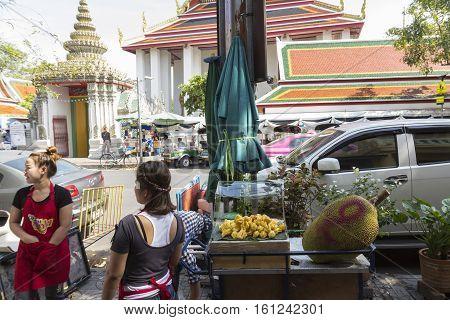 BANGKOK THAILAND - NOV 22 : small fruit stall at Tha Tian opposite Wat Pho temple on november 22 2016