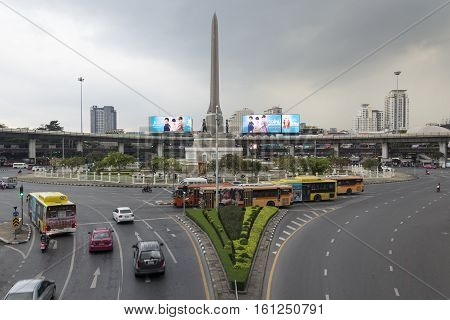 BANGKOK THAILAND - NOV 25 : scene of traffic in Victory Monument on november 25 2016 thailand.
