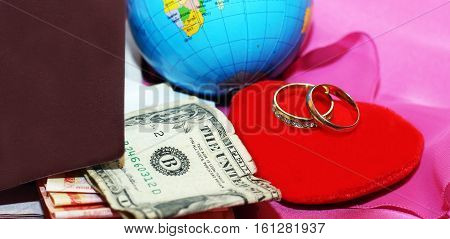 honeymoon trip, honeymoon, golden weddind rings, red heart