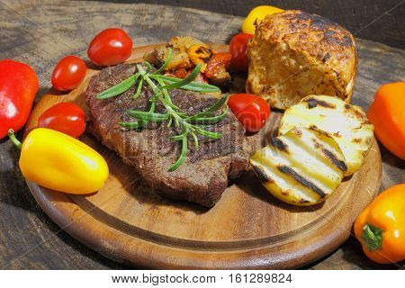 Grilled fillet of beef on a plate