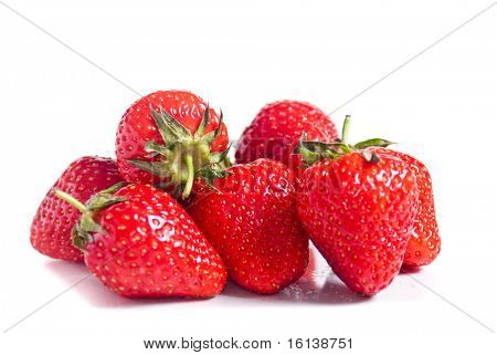 Erdbeeren isolated over white background