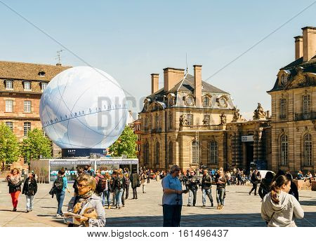 Central Square With France Candidacy For World Fair 2025