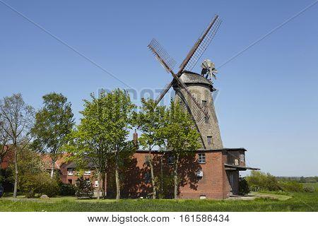 Windmill Ovenstaedt (petershagen, Germany)