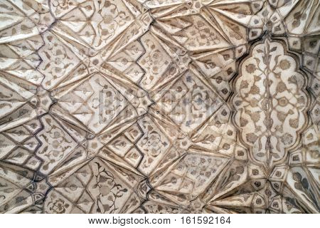 AGRA, INDIA - FEBRUARY 14 : Red Fort stone carving pattern detail in Agra. Uttar Pradesh, India on February 14, 2016.