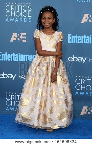 LOS ANGELES - DEC 11:  Saniyya Sidney at the 22nd Annual Critics' Choice Awards at Barker Hanger on December 11, 2016 in Santa Monica, CA