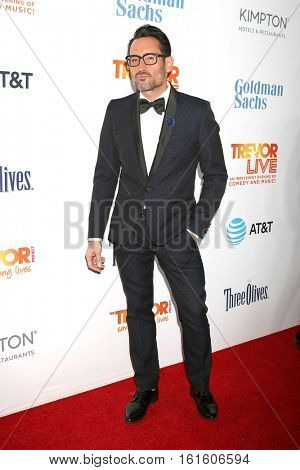 LOS ANGELES - DEC 4:  Gregory Zarian at the TrevorLIVE Los Angeles 2016 at Beverly Hilton Hotel on December 4, 2016 in Beverly Hills, CA