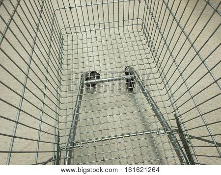 Top View Empnty super market shopping cart