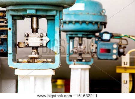 Control valve or pressure regulator in oil and gas process The control valve used to controlled pressure in the system as Controller command Oil and gas industry use to controlled the system.