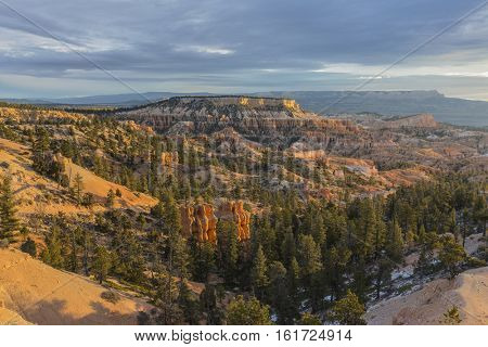 Fall morning view from the Rim Trail at Bryce Canyon National Park in Southern Utah.