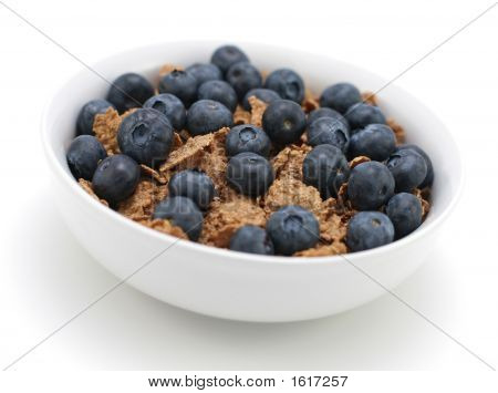 Cereal With Fresh Blueberries