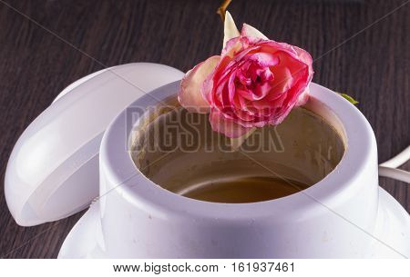 Wax Heater With Rose