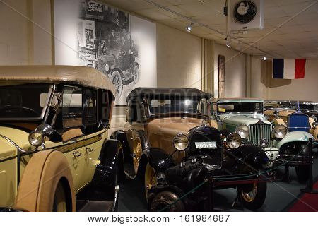 LURAY, VA - OCT 1: The Car and Carriage Caravan Museum in Luray, Virginia, on Oct 1, 2016. It is a unique collection of authentically restored cars, carriages, coaches and costumes from 1725 to 1941.