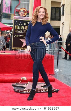 LOS ANGELES - DEC 15:  Robyn Lively at the Ryan Reynolds Hollywood Walk of Fame Star Ceremony at the Hollywood & Highland on December 15, 2016 in Los Angeles, CA