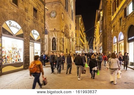 People In Shopping Florence In Evening