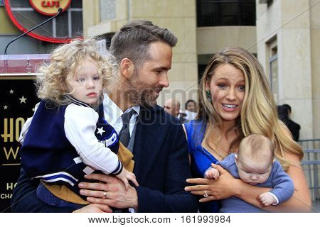 LOS ANGELES - DEC 15:  James Reynolds, Ryan Reynolds, Blake Lively, Newborn Reynolds at Ryan's Walk of Fame Star Ceremony at the Hollywood & Highland on December 15, 2016 in Los Angeles, CA