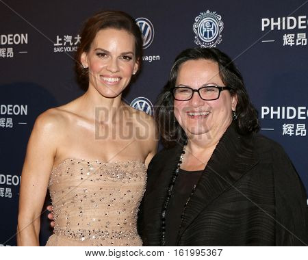 LOS ANGELES - DEC 15:  Hilary Swank, Judy Kay at the 21st Annual Huading Global Film Awards - Arrivals at The Theatre at The ACE Hotel on December 15, 2016 in Los Angeles, CA