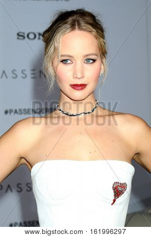 LOS ANGELES - DEC 14:  Jennifer Lawrence at the
