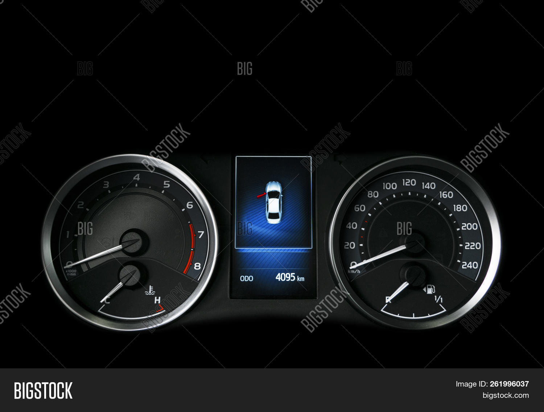 Close Shot Speedometer Image & Photo (Free Trial) | Bigstock