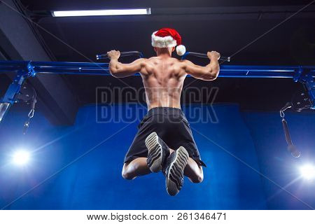 Holidays And Celebrations, New Year, Christmas, Sports, Bodybuilding, Healthy Lifestyle - Muscular H