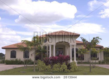 Mediterranean House 8