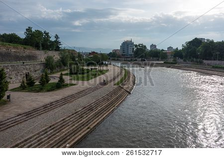 Nis, Serbia May 4, 2018: Nisava River Embankment In Serbian City Nis City Center. Serbia